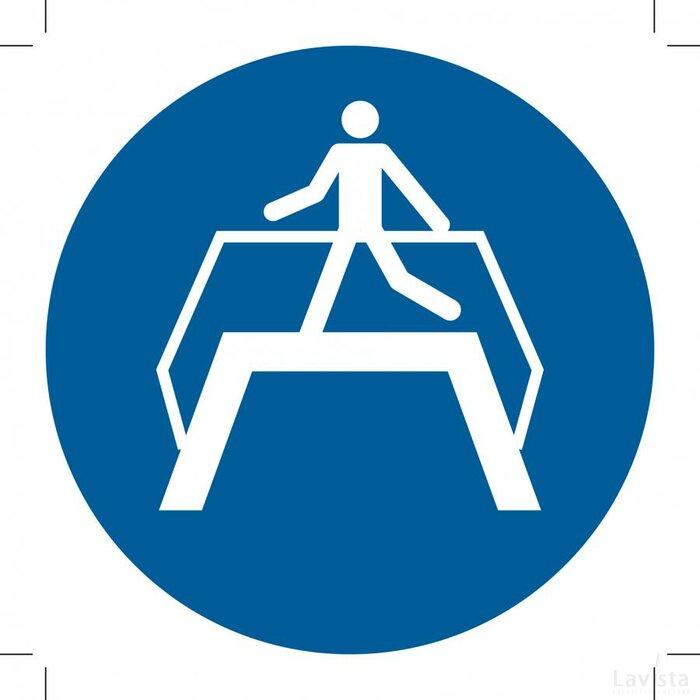 Use Footbridge 100x100 (bordje)