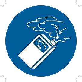M048: Use Gas Detector 500x500 (sticker)